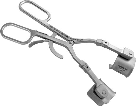 Modified Kolbel Self-Retaining Glenoid Retractor with Hinge and Ergonomic Handle